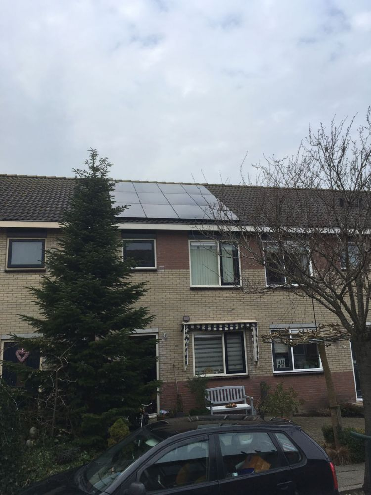 10 stuks 300WP Trina solar zonnepanelen met solaredge optimizers